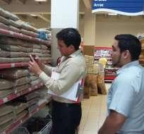 Las autoridades advierten que hay fuertes multas y sanciones penales para especuladores.