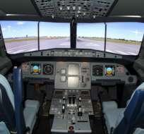 El copiloto se negó a dejar entrar al piloto en la cabina.