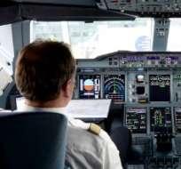 La medida entró en vigor hoy y se dará a conocer a las compañías aéreas en un plazo de 24 a 48 horas para su debida aplicación. Foto: AFP.