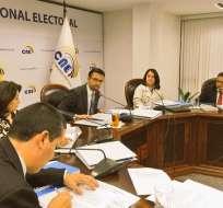 Según el CNE, está prohibido iniciar acciones de este tipo sobre decisiones propias de la función. Foto: CNE