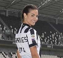 Laura Barriales es definitivamente la novia de Juventus durante esta Liga de Campeones.