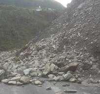 Cuatro comunidades de Lligua se encuentra incomunicadas. Fotos: Twitter.