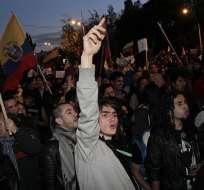 La Av. de Los Shyris albergó de nuevo a grupos opositores y simpatizantes del régimen.