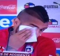 Vidal rompe en llanto pidiente disculpas.
