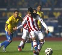 El tío del jugador tuvo un infarto celebrando el triunfo de Paraguay. Foto: EFE.