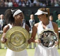 La estadounidense, de 33 años, derrotó a Garbiñe, de 21 en la final de Wimbledon. Foto: EFE