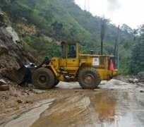 puyo.- Este bloqueo se suma al de las vías Baeza-Papallacta y Macas-Riobamba. Foto: Tomado del Twitter de MInisterio de Obras Públicas.