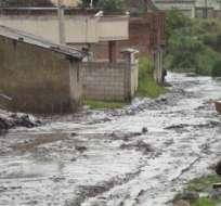 Ecuador.- En Chimborazo, varias casas  y cultivos fueron destruidos por deslizamiento de tierra. Foto: Twitter / Secretaría de Gestión de Riesgos