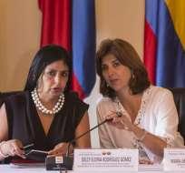 Están reunidas en Cartagena las cancilleres de Colombia, María Ángela Holguín, y de Venezuela, Delcy Rodríguez. Foto: EFE