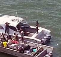 SAN LORENZO, Esmeraldas.- Los miembros de la unidad P-320 'Río Guayas' trasladaron la lancha hasta San Lorenzo. Foto Referencial: Tomado de Armada. ec
