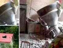 Parte de los motores de propulsión cayeron sobre una casa y entraron en una habitación sin dejar muertos. Foto tomada de minutouno.com
