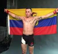 """El ecuatoriano """"Chito"""" Vera dedica su primer triunfo en la UFC a su hija."""