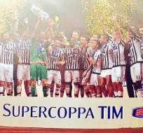 La Juventus de Turín ganó la Supercopa de Italia al derrotar 2-0 a la Lazio.