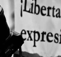 INTERNACIONAL.- La SIP y una ONG instan al Gobierno ecuatoriano a respetar la libertad de expresión. Foto referencial de Internet