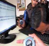 Vinod Kumar Chaudhary puede teclear 103 caracteres en 46,30 segundos según el libro Guinness de los récords. Foto archivo