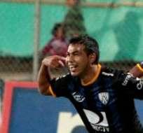SANGOLQUÍ, Ecuador.- Sornoza celebra su gol ante los lojanos. Foto: API.