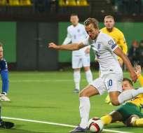 Inglaterra ganó a Lituania el lunes en condición de visitante, pero en las gradas se produjeron incidentes.