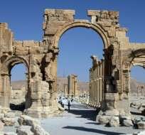 El arco de triunfo de Palmira es el último monumento histórico de la ciudad en ser destruido por EI. Foto: BBC MUNDO