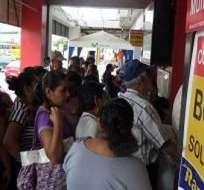 ECUADOR.- El monto del bono, que beneficia a personas con discapacidad y a adultos mayores, será de $621,1 millones en 2016. Foto: Archivo