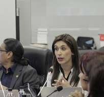 QUITO.- Ximena Amores, directora del Servicio de Rentas Internas (SRI) durante su comparecencia ante la Asamblea Nacional hoy 9 de noviembre. Foto: Asamblea Nacional