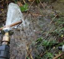 ECUADOR.- A partir de 2016 se cobraría por el exceso del consumo de agua en el país. Foto: Archivo