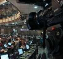 QUITO, Ecuador.- Esta semana se realizará el segundo debate en la Asamblea que establecerá, entre otras reformas, tratar a la comunicación como un servicio público. Foto: Archivo.