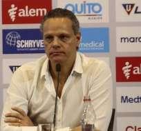 Esteban Paz mostró su inconformidad por el paro de futbolistas y señaló que Liga sí jugará ante Emelec.