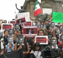 El informe anual de RSF registró 8 periodistas asesinados en ese país durante 2015. Foto: Referencial / Archivo del funeral del periodista Rubén Espinosa