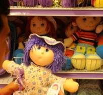 QUITO, Ecuador.- A pesar de que la mayor parte de los juguetes pasaron las pruebas de calidad, muchos de ellos no cumplen con las normas de rotulado. Foto Referencial: El Ciudadano.