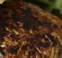 Una hamburguesa particularmente crujiente.