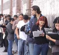 ECUADOR.- Según informa el INEC, el empleo adecuado también disminuyó el mes pasado a escala nacional. Foto: Andes
