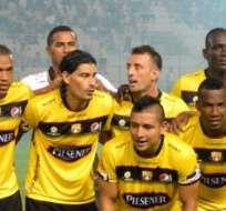 GUAYAQUIL, Ecuador.- Ronaldinho se sumará al primer plantel de Barcelona para la 'Noche Amarilla'.