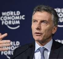 El presidente argentino no asistirá al evento en Quito debido a una fisura en una costilla. Foto: AFP