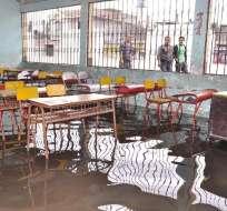 ECUADOR.- Según el ministro de Educación, existen planes de contigencia para no interrumpir el cronograma por las lluvias. Foto: Archivo