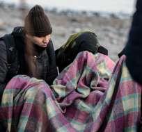 En la embarcación, otros 14 refugiados también murieron al intentar llegar a Europa. Foto: AFP