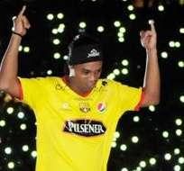 GUAYAQUIL, Ecuador.- La presentación de Ronaldinho fue un éxito Monumental. Foto: API.