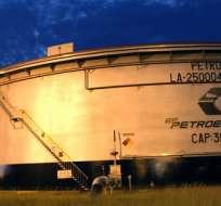 Petróleo cae y borra parte de las ganancias de la semana pasada