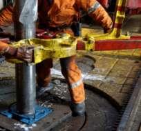 Precio del petróleo vuelve a caer en medio de pesimismo del mercado