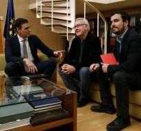 Pedro Sánchez intenta alcanzar un pacto con otros partidos para alcanzar la mayoría. Foto: EFE