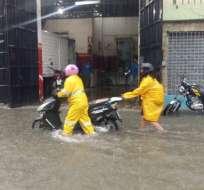 Expertos en meteorología se reunieron para determinar si lluvias corresponden a 'El niño'. Foto: Twitter / Fire News 24
