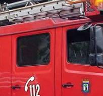 Los bomberos tuvieron que realizar ocho cortes para solucionar el problema.