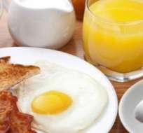 Un desayuno rico en proteínas es la mejor opción para continuar con una buena alimentación durante el resto del día.