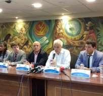 El fiscal Galo Chiriboga (c) es el anfitrión del encuentro, que tiene como sede Guayaquil.