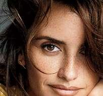 """MIAMI, EE.UU.- """"Debo decir que las dos, lo siento ¿Cómo puedo escoger entre ellas?"""", respondió la actriz. Foto: Esquire."""