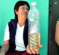 Así es el agua que se abastece a muchos en Iztapalapa.