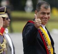 """Rafael Correa ha acentuado las divergencias con la cúpula militar con un decreto sobre la """"equidad"""" entre tropas y mandos."""