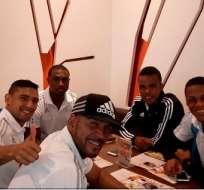 La delegación de Emelec se desplazó por la mañana a Venezuela donde el martes jugará con Deportivo Táchira.