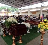 ECUADOR.- La cifra oficial que manejan tanto Fiscalía como entidades del Gobierno es de 525 fallecidos. Foto: API