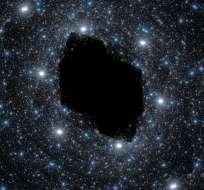CIENCIA.- Doce agujeros negros supermasivos expulsan chorros de materia en la misma dirección. Foto: Internet