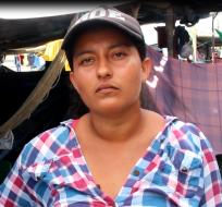 JAMA, Ecuador.- Ana Rocío Cedeño Cedeño, de 28 años, decidió que podía hacer más que lamentar la tragedia. Foto: Cruz Roja Ecuatoriana